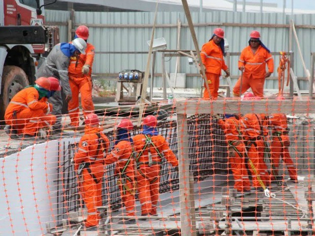 Fiscalização ocorreu durante entrega de parte de obra (Foto: MPT/Divulgação)