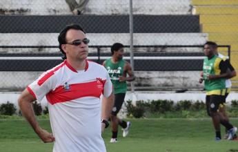 Técnico Everton Câmara deixa o Penedense e acerta com Estanciano