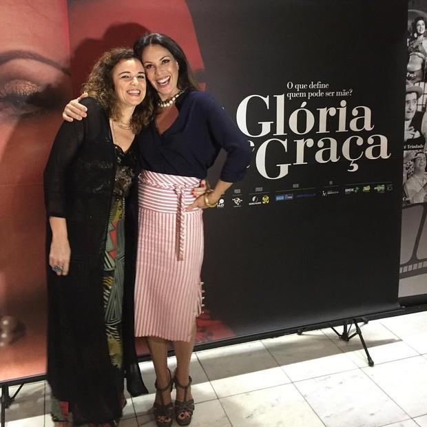 Carolina Ferraz e Sandra Corveloni na pré-estreia do longa (Foto: Reprodução/Instagram)