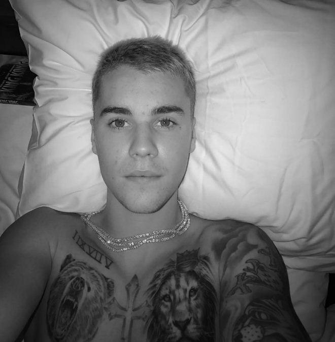 Chegou? Justin Bieber posta selfie em dia de show no Rio de Janeiro (Foto: Reprodução/Instagram)