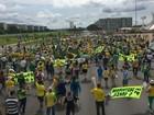Manifestantes pró-impeachment de Dilma se concentram na Esplanada