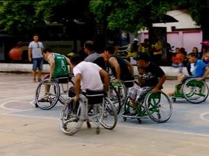 Cadeirantes, Amapá, Macapá, praça Barão do Rio Branco, (Foto: Reprodução/Rede Amazônica no Amapá)