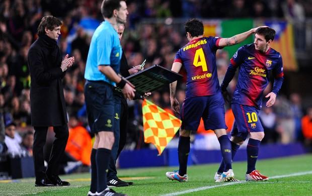 Messi entra, Fabregas sai, Barcelona x PSG (Foto: AP)