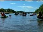 Grupo de remadores se reúne para descer leito do Rio Camaquã no RS