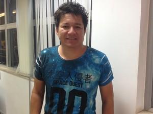 Guitarrista Raulzito falou do privilégio de tocar com a cantora Joelma, Goiás (Foto: Fernanda Borges/G1)