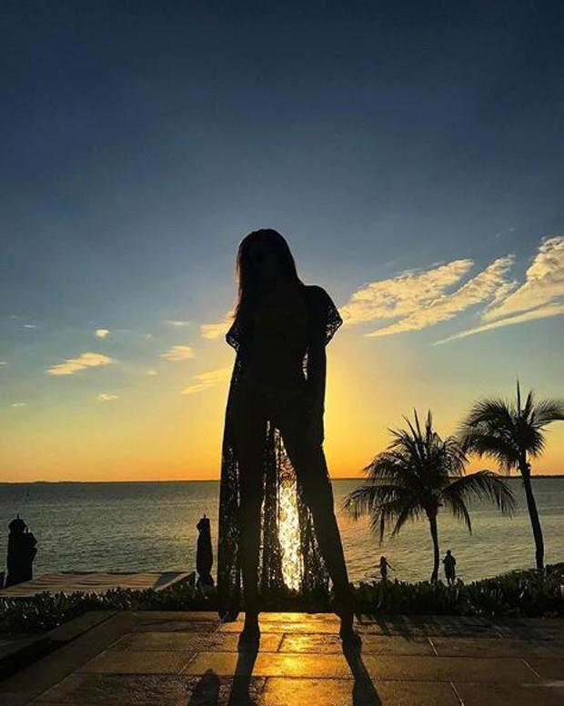 Victória Bartelle em resort de luxo em Cancún, no México (Foto: Reprodução/Instagram)