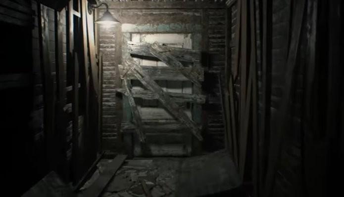 Até áreas, antes, sem importância ganharam utilidade na nova demo de Resident Evil 7 (Foto: Reprodução/Felipe Demartini)