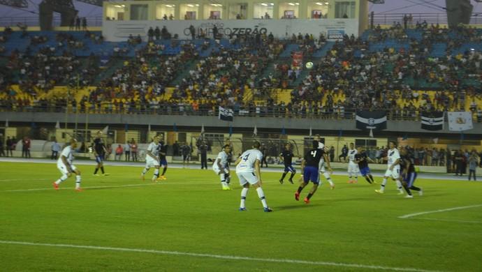 Partida morna só foi decidida aos 33 minutos do segundo tempo, com gol do Remo (Foto: Rafael Moreira/GE-AP)