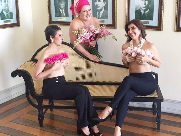 exposição 'Mulheres de Peito' é a terceira que ela realiza neste mês, todas alusivas ao Outubro Rosa (Foto: Kalina Veloso)