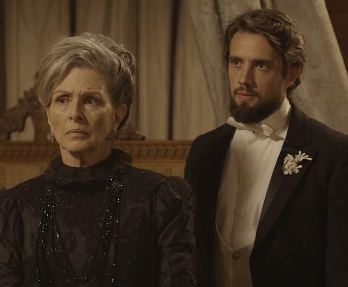 A Condessa exige que a jovem fale a verdade (Foto: TV Globo)