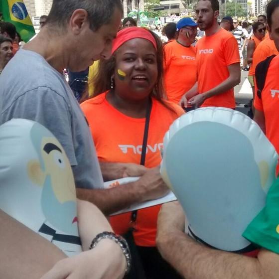 A microempresária, Isabela Barcello, voluntária do Partido Novo (Foto: Marcos Coronato)