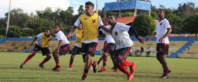 Roberto Jacaré, Bodó, Wildinho, Flamengo-PI (Foto: Emanuele Madeira/GloboEsporte.com)