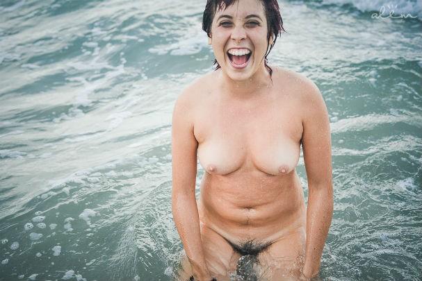 Asian ladyboy nude on webcam