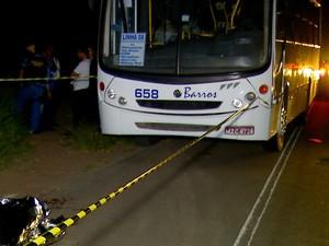 Ônibus fazia o trajeto entre Natal e São José de Mipibu (Foto: Reprodução/Inter TV Cabugi)