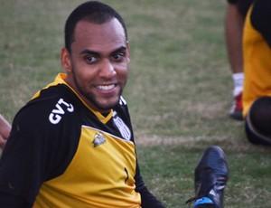 Goleiro Bruno Fuso em treino da Ponte Preta (Foto: Bernardo Medeiros/ Globoesporte.com)