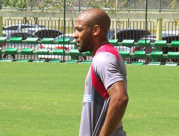 Fellipe Bastos no treino do Vasco (Foto: Raphael Marinho / Globoesporte.com)