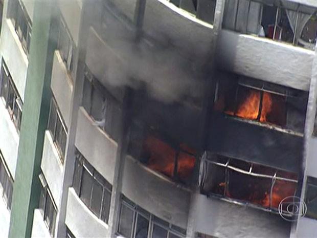 Incêndio na região central de São Paulo (Foto: Reprodução/TV Globo)