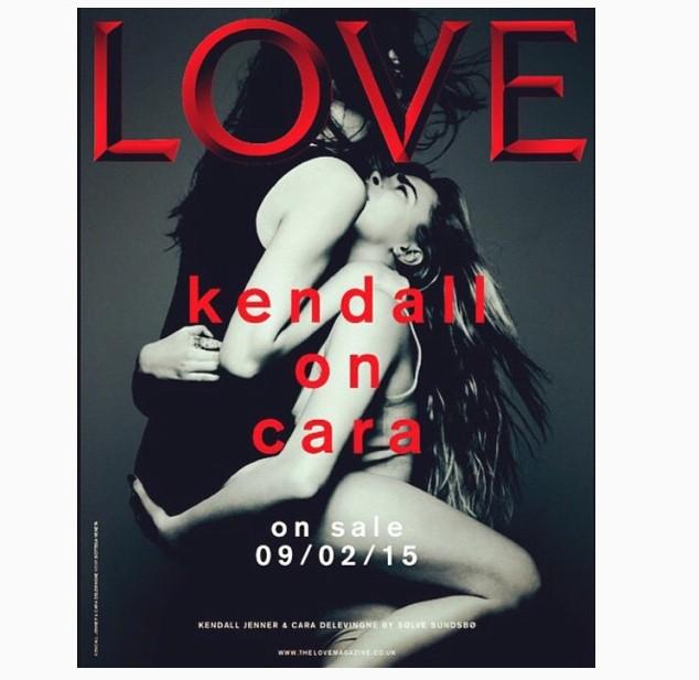 Kendall e Cara para a capa da revista Love - abusadas essas moças!  (Foto: Reprodução Instagram)