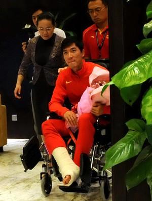 atletismo liu xiang china desembarque contusão (Foto: Agência AFP)