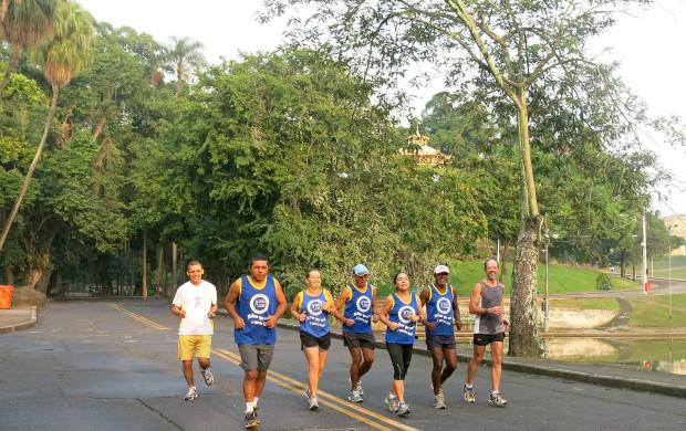 maratonistas sexagenários Quinta da Boa Vista corrida de rua bicicleta ciclismo atletismo (Foto: Carol Fontes)