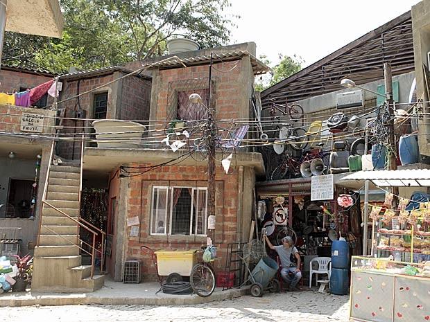 Favela cenográfica foi retrata o Complexo do Alemão (Foto: Salve Jorge/TV Globo)