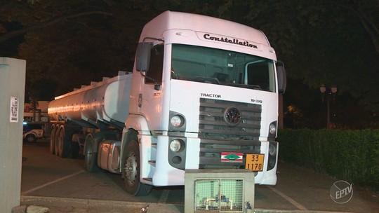 Dois são presos em Paulínia ao transportar combustível em caminhão