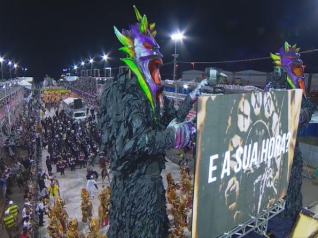 Império da Zona Norte carnaval 2016 porto alegre (Foto: Reprodução/RBS TV)