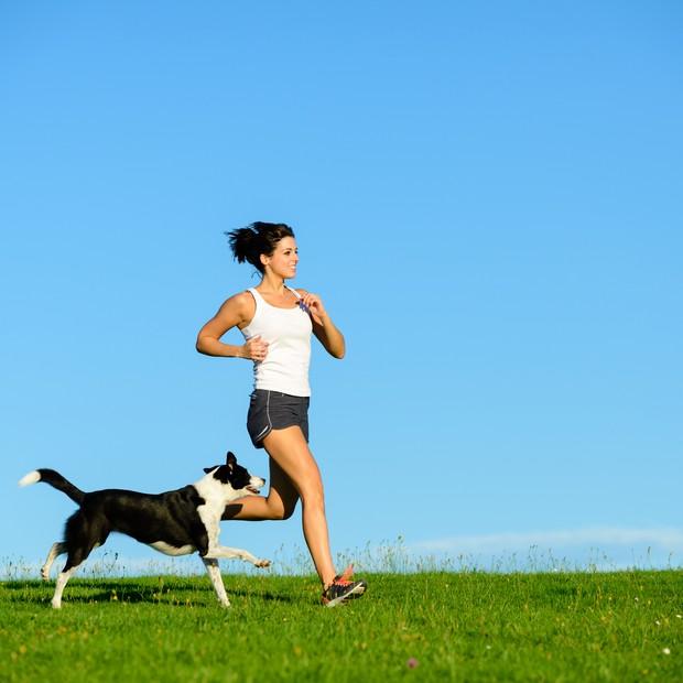 Como correr com o cachorro (Foto: Thinkstock)
