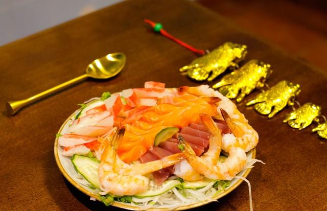 Os sashimis superfrescos, na Peixaria Mitsugi  (Foto: Jonathan Wolpert)