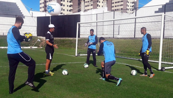 ABC - goleiro Edson realiza primeiro treino  (Foto: Assessoria de Comunicação/ABC FC)