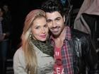 Ex-BBBs Adriana e Rodrigão curtem show sertanejo em São Paulo