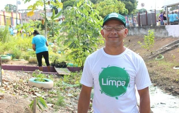 Manoel Santana é o idealizador do 'Projeto Mudança' em Manaus (Foto: Katiúscia Monteiro/ Rede Amazônica)
