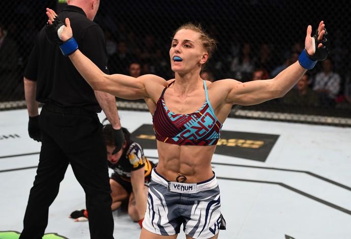 Izabela Badurek Alexandra Albu UFC Polônia (Foto: Getty Images)
