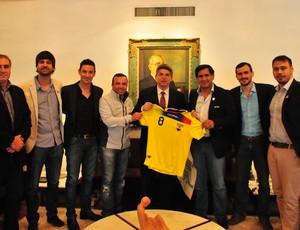Visita Equador Porto Alegre Copa 2014 (Foto: Marcos Eifler/Divulgação)