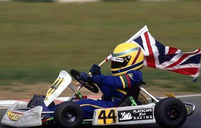 Lewis Hamilton Kart  ###USAR APENAS NO TEMPO REAL!!!! (Foto: Reprodução Twitter)