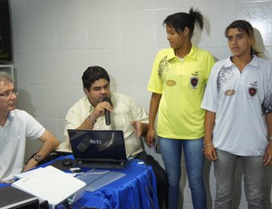 Uniformes femininos do Botafogo-pb (Foto: Renata Vasconcellos)