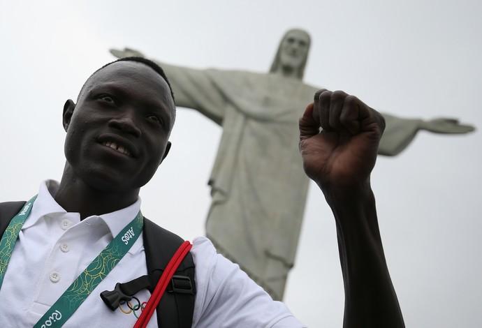 Visita refugiados Cristo Redentor Rio de Janeiro (Foto: Buda Mendes / Getty Images)