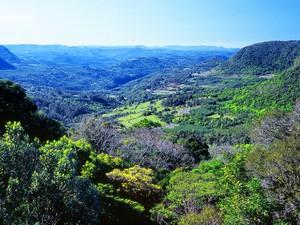 Mirante do Belvedere em Gramado (RS) mostra uma vista do Vale do Quilombo (Foto: Ricardo Reginato/Prefeitura de Gramado)
