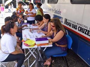Van fará testagem sorológica em Jundiapeba (Foto: Ney Sarmento/PMMC)