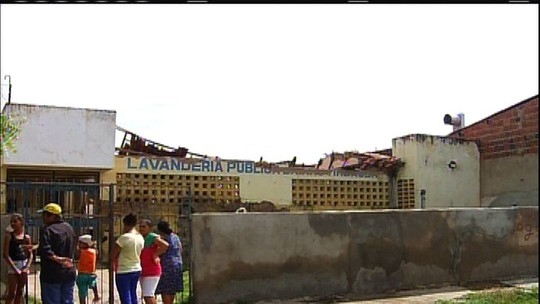 Parte de teto de lavanderia cai e fere duas crianças e uma jovem no Ceará
