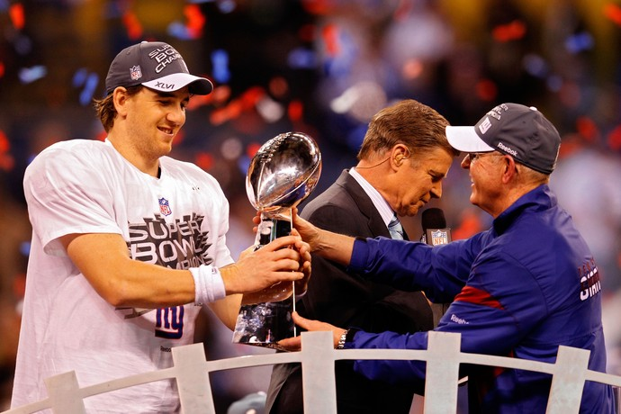 Tom Coughlin técnico New York Giants NFL - Eli Manning (Foto: Rob Carr / Getty Images)
