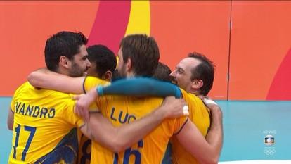 Melhores momentos: Brasil 3 x 0 Rússia pela semifinal do vôlei masculino