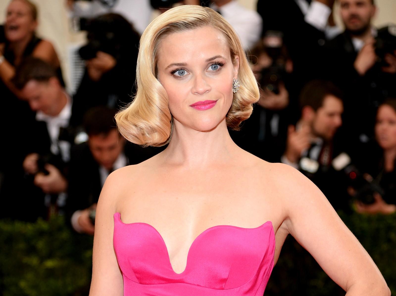 """""""Você sabe meu nome? Você está prestes a descobrir quem eu sou... Você vai parar nos jornais em rede nacional"""" — Reese Witherspoon, ao policial que a prendeu em 2013. (Foto: Getty Images)"""