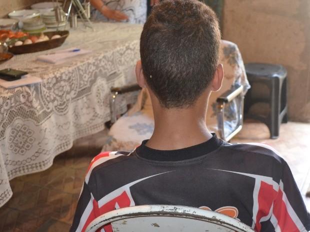 Vício começou após experimentar drogas recebidas de colega, diz menor de Piracicaba (Foto: Luiz Felipe Leite/G1)