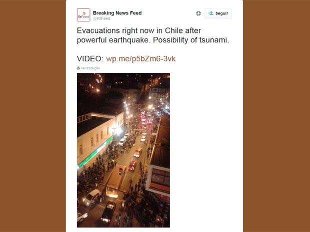 Imagem mostra prédios sendo evacuado após forte terremoto no Chile (Foto: Reprodução/Twitter)