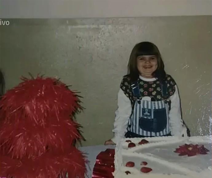 Camila Queiroz gostava de comer de tudo quando era pequena (Foto: Vídeo Show / Gshow)