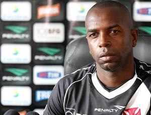 Sandro Silva na apresentação no Vasco (Foto: Marcelo Sadio / Site do Vasco)