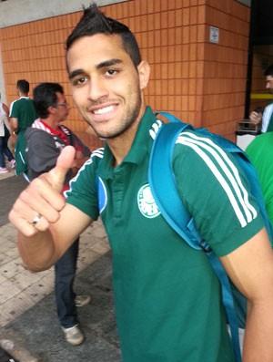 Alan Kardec chegada Palmeiras Rio preto (Foto: Marcelo Hazan)