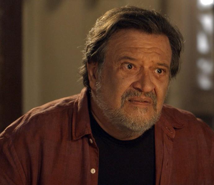 Massimo fica muito triste (Foto: TV Globo)