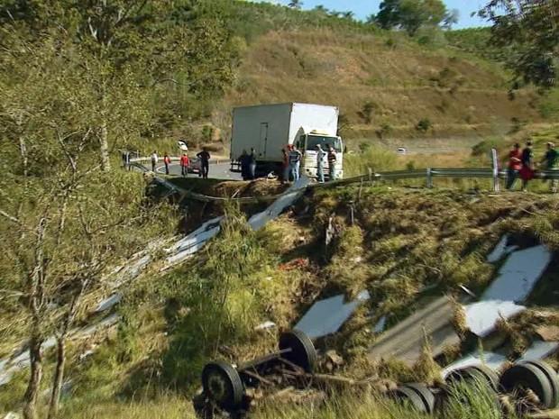 Dados dos Bombeiros apontam BR-146 como uma das mais críticas no Sul de Minas (Foto: Reprodução EPTV)